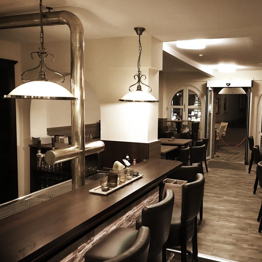 QUINTS - Café | Restaurant | Lounge